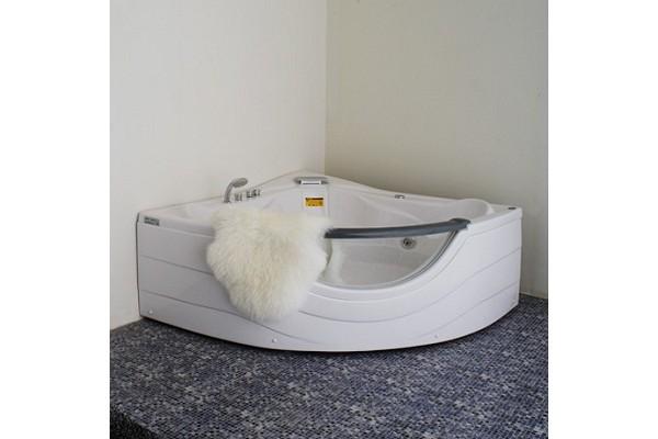 Bồn tắm góc massage Appollo AT-2121