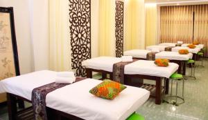 Giường Massage loại nào tốt – Những mẫu giường massage tốt nhất hiện nay