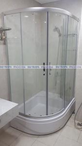 Đại Tín Spa – Hoàn thiện bồn tắm đứng, vách kính nhà Chị Linh – Hoàng Mai